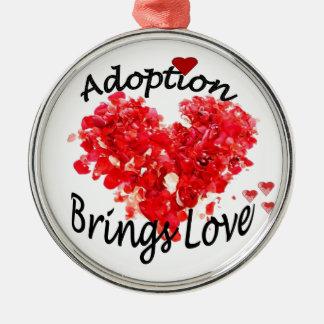 Röd hjärtaprydnad för adoption rund silverfärgad julgransprydnad