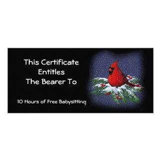 Röd kardinal på snöig gren: Presentkort Reklamkort