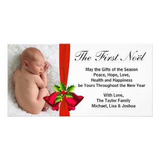 Röd Klockor baby första kort för foto för jul Anpassingsbara Fotokort