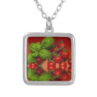 Röd körsbärsröd tomatbasilika silverpläterat halsband
