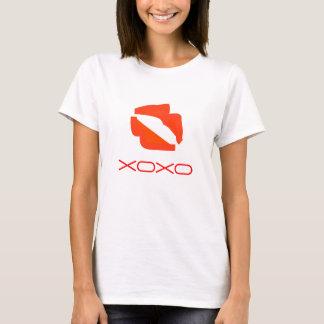 Röd läppar XOXO. T Shirts