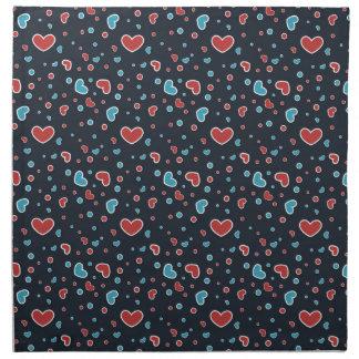 Röd och blåtthjärtamönster tygservett