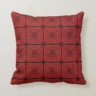 Röd och svart stam- mönsterReversible Kudde