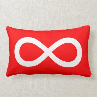 Röd och vitoändlighetssymbol lumbarkudde