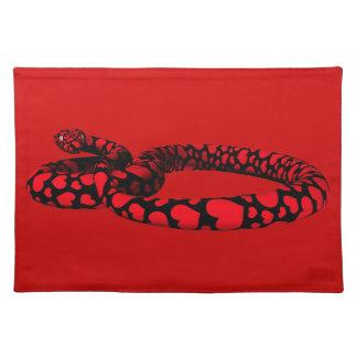 Röd orm med hjärtor bordstablett