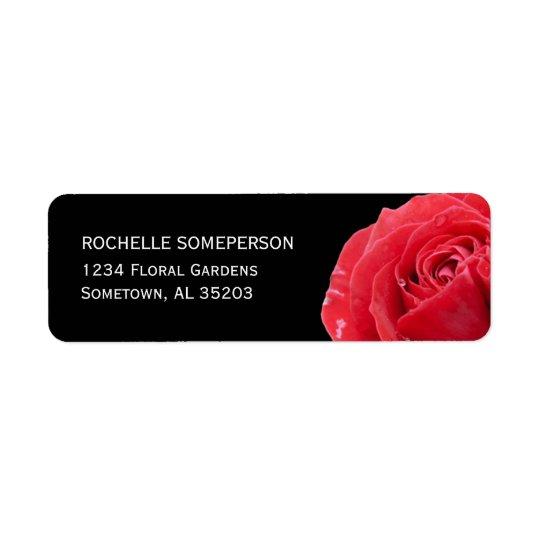 Röd ros på svart returadress etikett