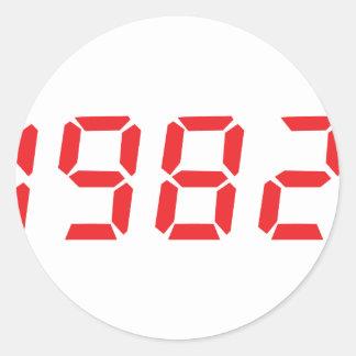 röd symbol 1982 runt klistermärke
