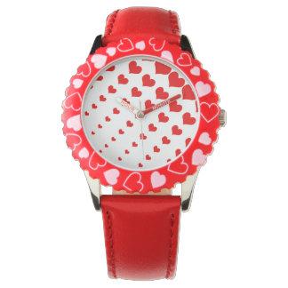 Röd ungeklocka med hjärtor armbandsur