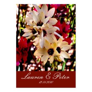 Röd & vitblommabokmärke (anpassadet) set av breda visitkort