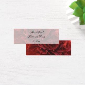 Röda blom- bröllopfavörmärkre litet visitkort