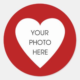 Röda hjärtagränsklistermärkear runt klistermärke