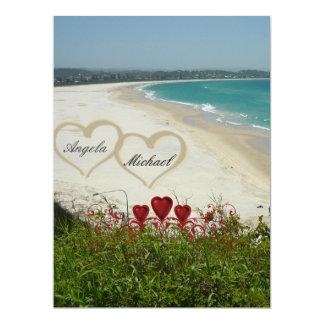 Röda hjärtor för elegant strandbröllopinbjudan 16,5 x 22,2 cm inbjudningskort