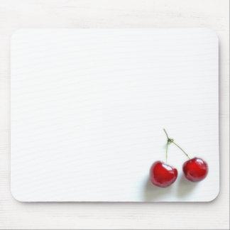 Röda körsbär musmatta