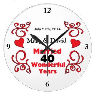 Röda rulla- & hjärtanamn & daterar 40 år årsdag stor rund klocka