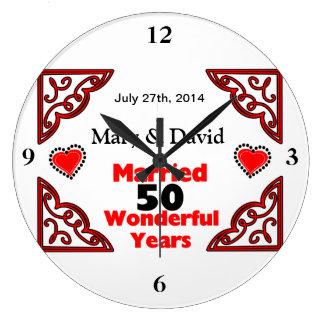 Röda svart hjärtanamn & daterar 50 år årsdag stor rund klocka