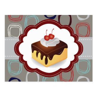 Rödbrun/grå tårta med körsbär vykort