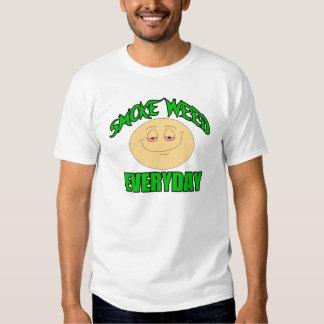 Röka den dagliga roliga t-skjortan för ogräset t shirts