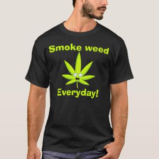 Röka ogräset t shirts