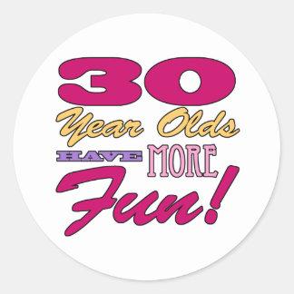 Rolig 30års födelsedag runt klistermärke