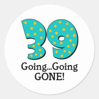 Rolig 39th födelsedaggåva runt klistermärke