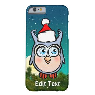 Rolig babyuggla med den Santa hatten Barely There iPhone 6 Fodral