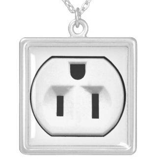 Rolig elektrisk uttaggåva för elektriker silverpläterat halsband