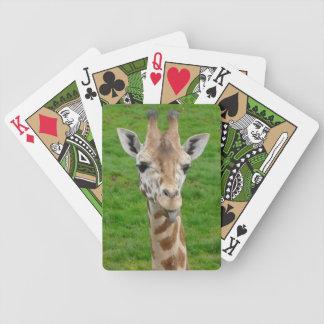 Rolig giraff som ut klibbar tungan spelkort