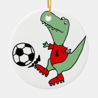 Rolig grön T-rex Dinosaur som leker fotboll Julgransprydnad Keramik
