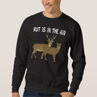 Rolig hjortbrunst är i luften sweatshirt