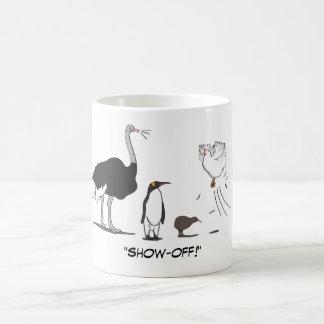 Rolig höna för flyget för Ostrichpingvinkiwien Kaffemugg