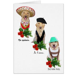 Rolig hund/labbkärlek i valentin för fyra språk hälsningskort
