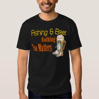 Rolig öl för fiske för humor för fiskeskjortafiske tshirts