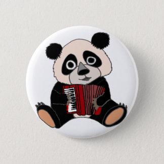 Rolig Pandabjörn som leker dragspel Standard Knapp Rund 5.7 Cm