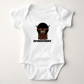 Roliga afro- yr Yak för Aphrodisiac Tshirts