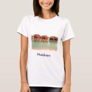 Roliga bungalower för Maldiverna östrand kyler T-shirts