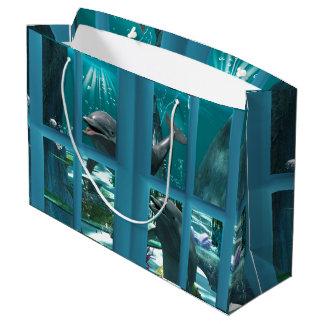 Roliga delfiner