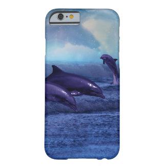 Roliga delfiner och lek barely there iPhone 6 skal