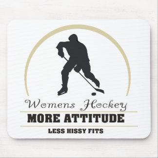 Roliga kvinna hockey mer inställning musmatta