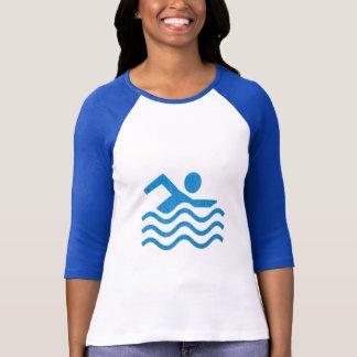 Roligt för simmare för simningframgångsimma tee