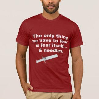 Roligt ordstäv om skräck och nålar tshirts