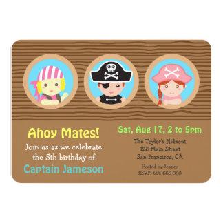 Roligt piratkopierar temafödelsedagsfesten 11,4 x 15,9 cm inbjudningskort
