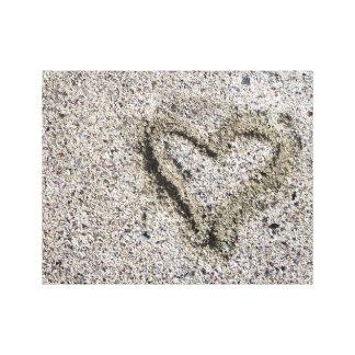 Romantisk hjärta i Sandfoto Canvastryck