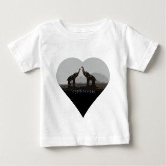 Romantisk tillsammanselefantT-tröja Tröjor