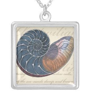 Romantiskt snäckskal silverpläterat halsband