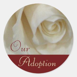 Rosa adoptionklistermärkear runt klistermärke