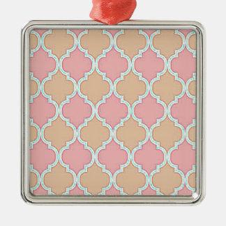 Rosa beige marockanskt spaljémönster silverfärgad fyrkantigt julgransprydnad