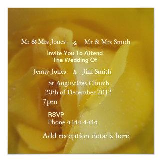 Rosa bröllopinbjudningar för guld fyrkantigt 13,3 cm inbjudningskort