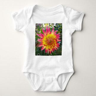 Rosa Dahlia Tee Shirt