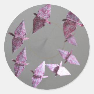 Rosa damastast Origami spiral mobil Runt Klistermärke