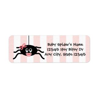 Rosa etikett för spindelbaby showerreturadress returadress etikett